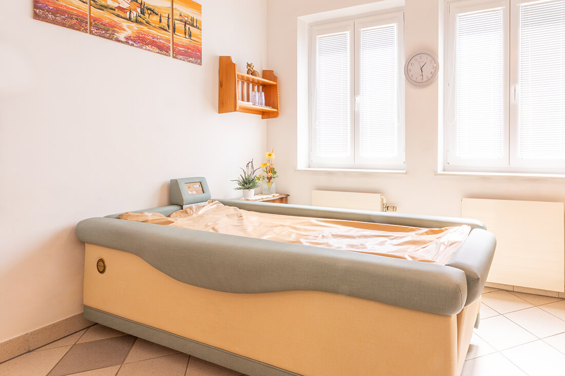 Hausarzt Bernhardsthal - Neugebauer - Wasserbett in der Praxis